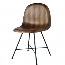 Gubi center base chair