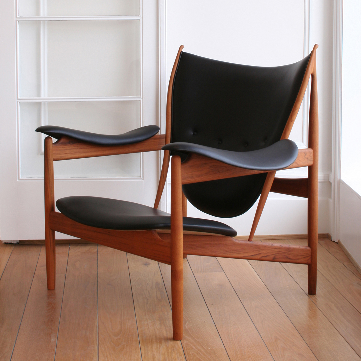 Lovely Chieftains Chair By Finn Juhl   VLiving