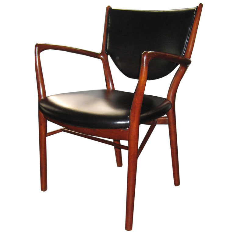 46 Chair Vliving