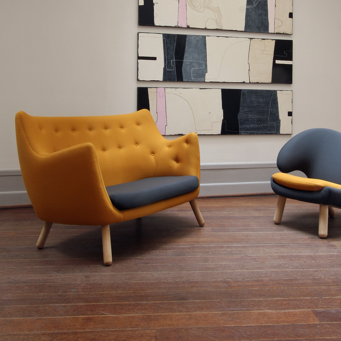The Poet Sofa By Finn Juhl Shown With Pelican Chair