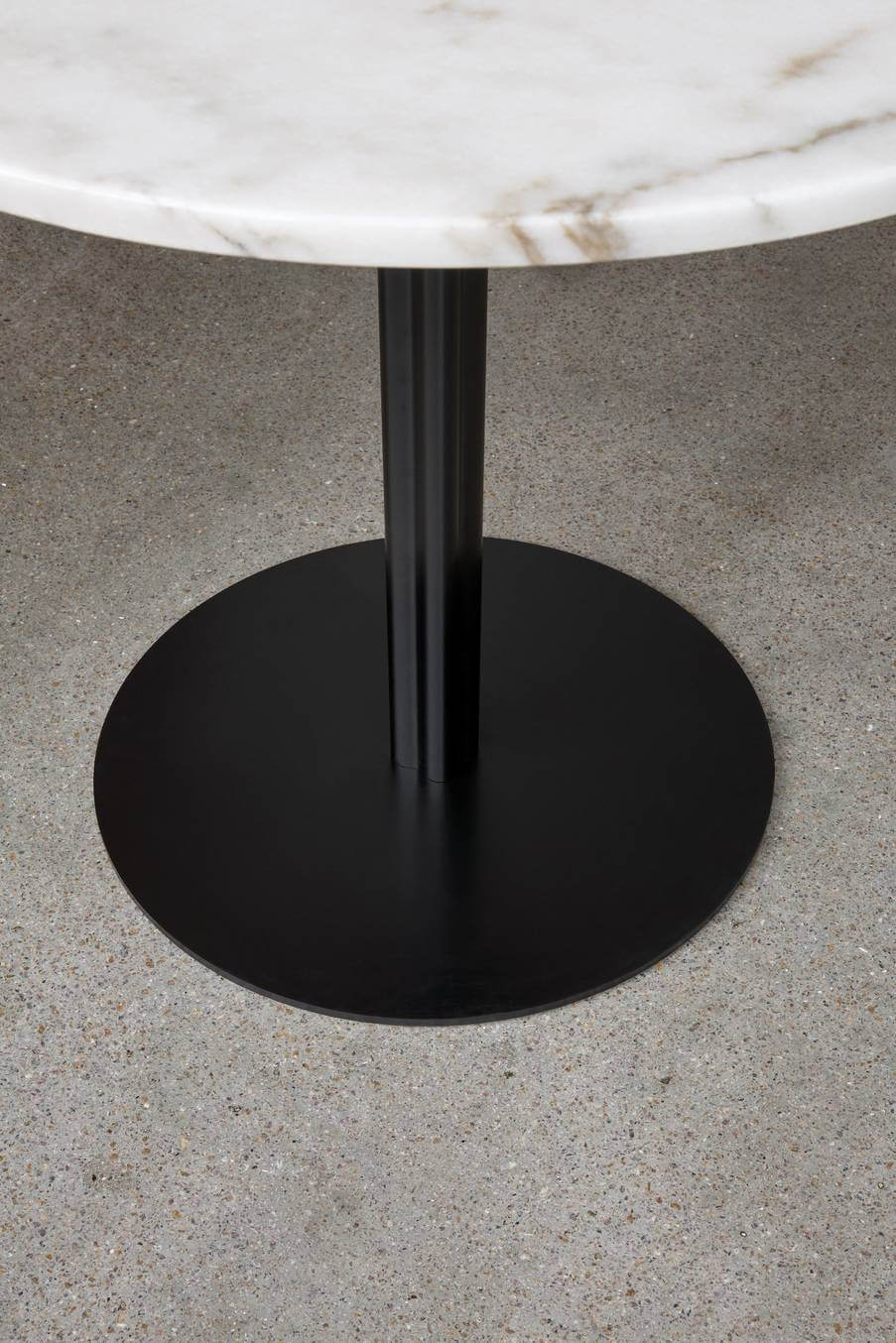 Harbour Column Dining Table Vliving